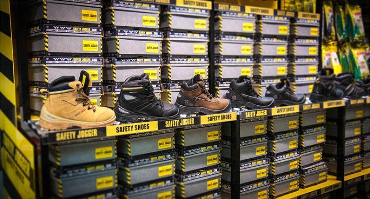 cửa hàng bán giày bảo hộ
