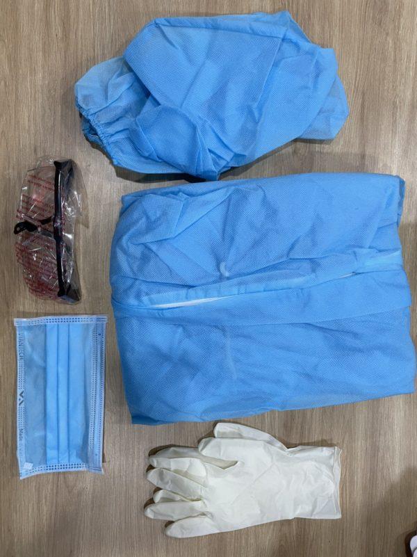 bộ đồ bảo hộ y tế chống dịch 7 món